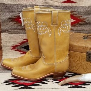 Justin Boots Arizona Sunrise NWT 9 1/2 B